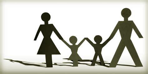Dasar Dasar Ilmu Kesehatan Masyarakat Dalam Kebidanan asuhan kebidanan keluarga ditya setyawan