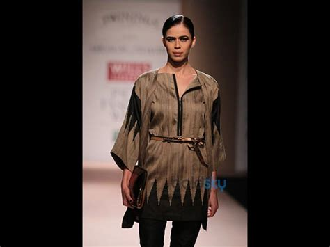 Fabulous Accessories By Abraham Thakore by Wifw 2014 Day 3 Abraham And Thakore Boldsky