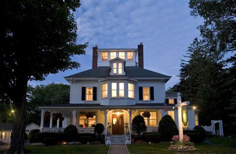 bed and breakfast in maine maine stay inn cottages in kennebunkport maine b b rental