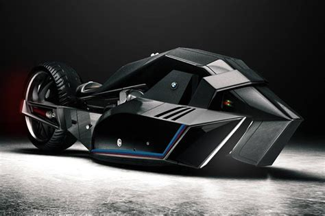 bmw titan concept  motorcycle  belongs   batcave