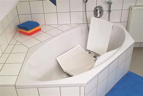 Handicap Bathtub Lift Chair by Bath Lift Safe Bathing Solutions Tub Lifts Bridgeway