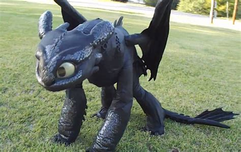 how to your toothless costume toothless how to wear your technabob
