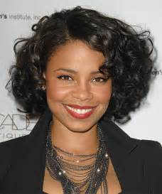 short hairstyle naturally curly hair gallery