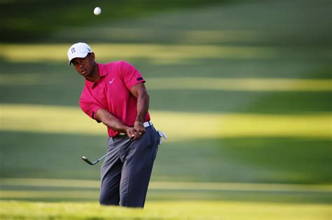 pitching wedge swing does tiger woods have the yips make the turn blog