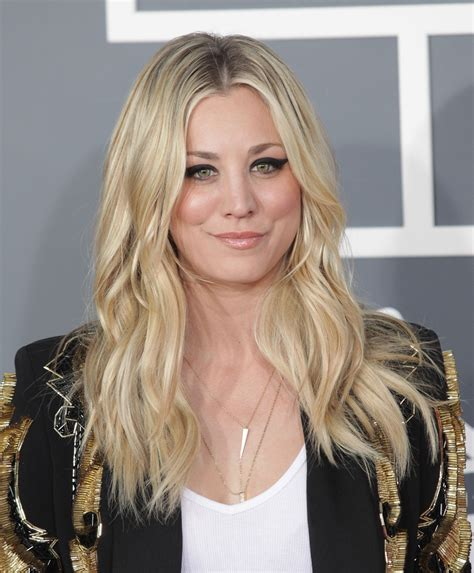 why did kalie cuoco have her hair cut short kaley cuoco s new summer hairstyle is a total blast from