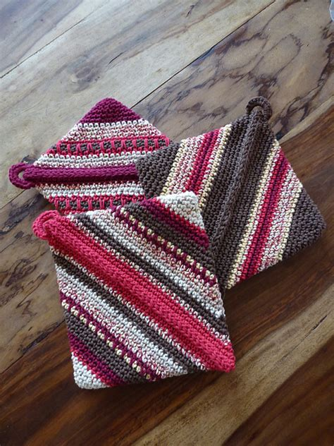 pattern for magic crochet pot holders ravelry roundup potholders just stitched