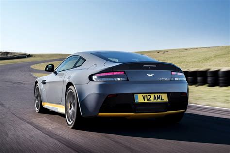 aston martin 2017 aston martin v12 vantage s will offer manual