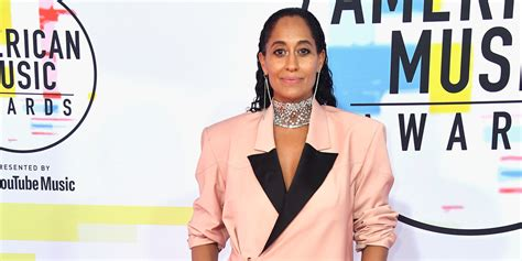 tracee ellis ross ama dance host tracee ellis ross hits the red carpet at american