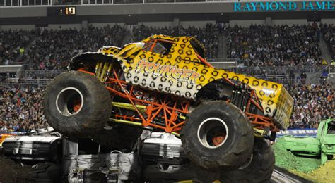 monster jam trucks names pouncer monster trucks wiki fandom powered by wikia