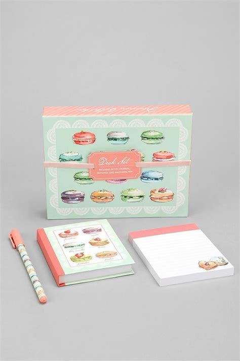 8 Adorable Stationery Kits by 1000 Ideas About School Stationary On