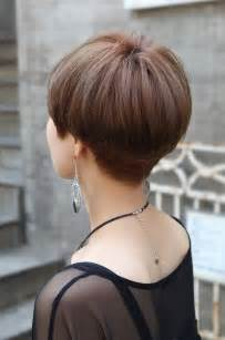 wedge cut for thin hair back view of cute short japanese haircut back view of