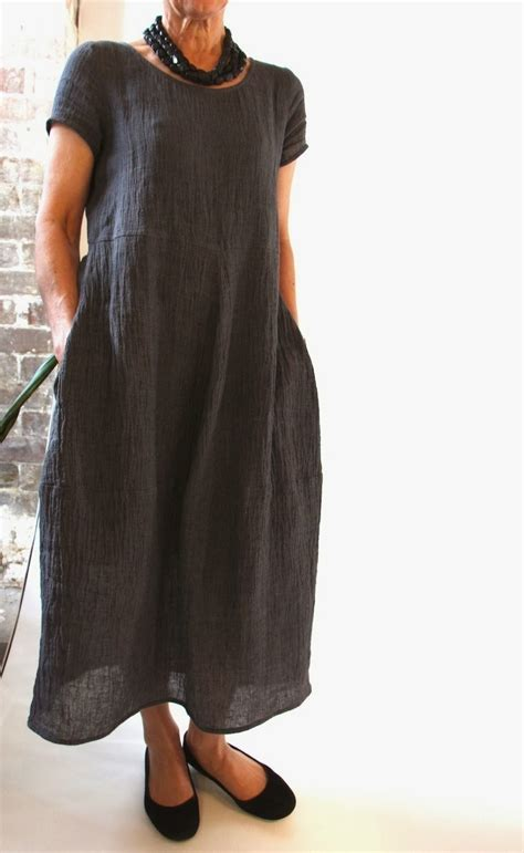 Pattern Review Eva Dress | sew tessuti blog sewing tips tutorials new fabrics