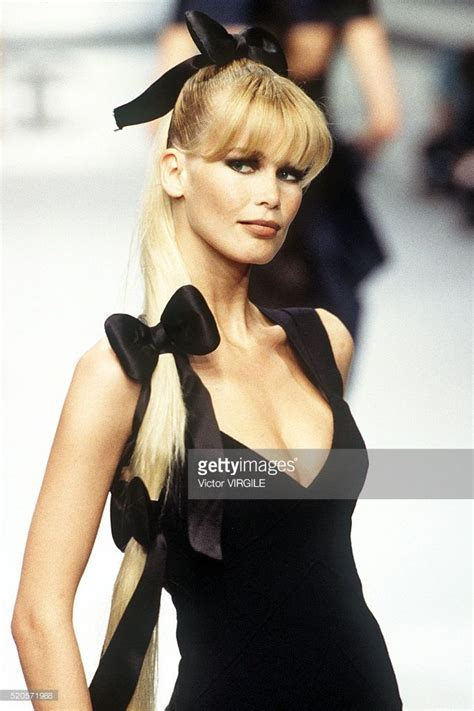Catwalk To Carpet Schiffer In Chanel by 244 Best Images About Schiffer On