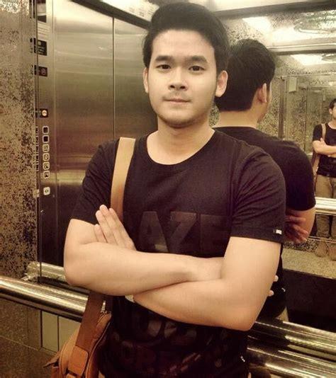 foto cwo cakep foto cowok ganteng banget six pack atletis holidays oo