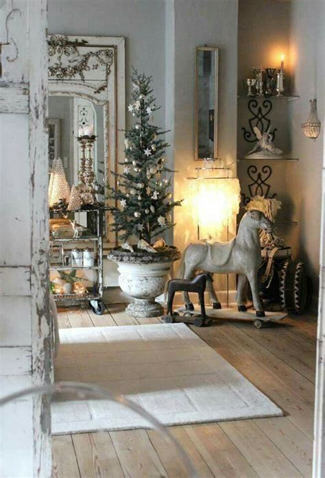 Homes Decorated For Christmas On The Inside 2307 best images about shabby chic decorating ideas on