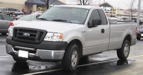 04 Ford F150 what size tires are on a 04 ford f150