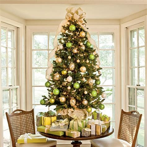 christmas tree decorations gold 17 best images about