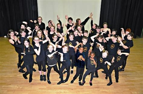 stagecoach performing arts acting singing and theatre drama classes colchester stagecoach colchester