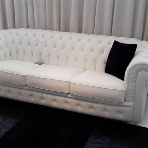 divano in pelle prezzi divano in pelle tipo chester modello byron divani a