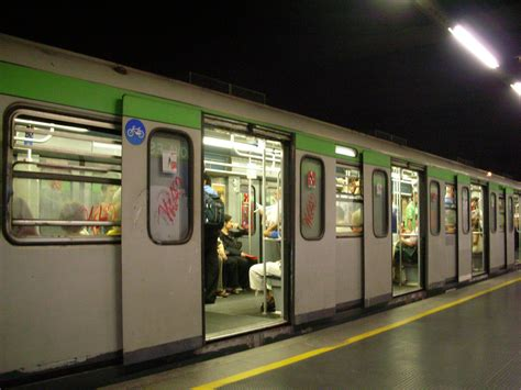 metro porta genova porta genova fs metropolitana di