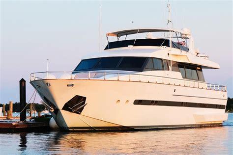 depth finder for ski boat luxury boat rentals beaufort nc sanlorenzo mega yacht 827