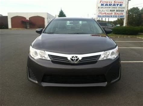 export   toyota camry le gray  black