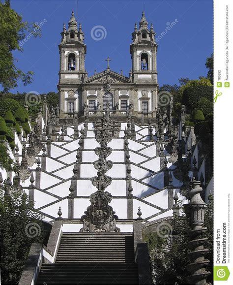 Superior Church Cribs #6: Escadaria-da-igreja-de-bom-jesus-de-braga-portugal-180392.jpg