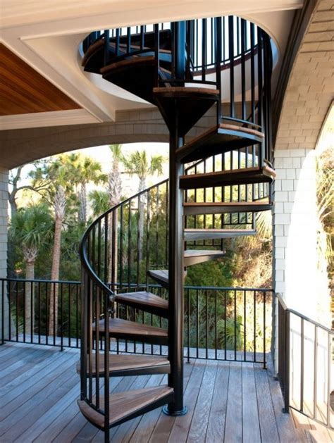 outdoor spiral staircase     level