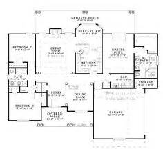 house plans 2000 square one story 1000 images about new home ideas on pinterest floor plans house plans and square feet