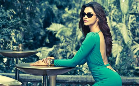 hd wallpapers for pc bollywood movies bollywood actress deepika padukone latest hd wallpapers