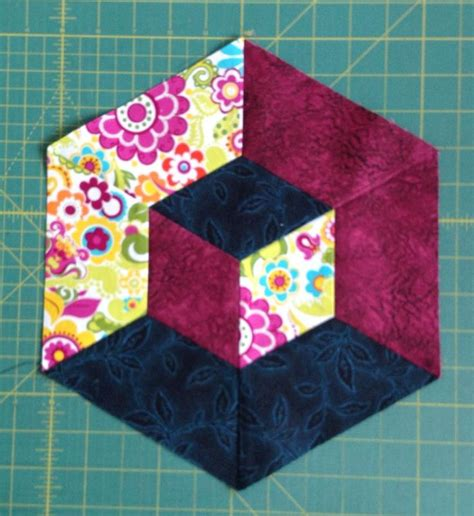 Hexagon Papers For Patchwork - cool 3 d quilt block effect quilts hexagons b