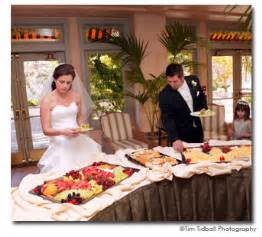 food for a wedding buffet reception ideas bridal expo chicago milwaukee