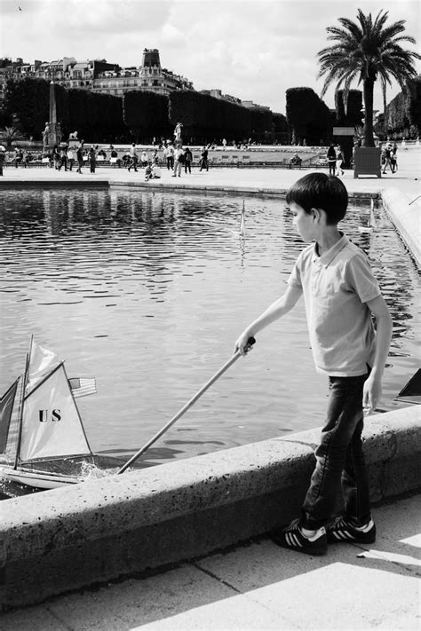 sailboats at luxembourg gardens la m 233 moire vive the wonder of the wooden sailboats
