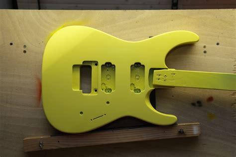 Gitarre Klarlackieren by Jackson Dinky Fotomich De