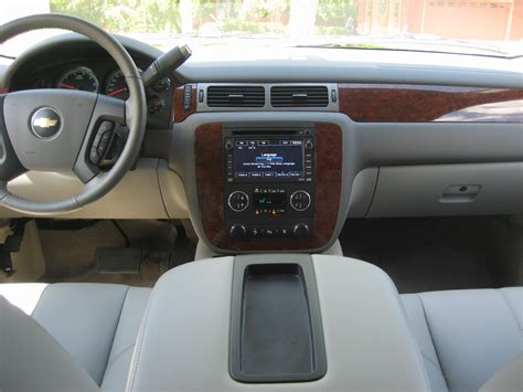 2010 Chevy Tahoe Interior by 187 Review 2010 Chevrolet Tahoe Hybrid