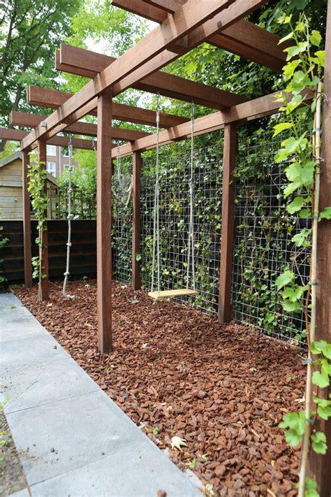 trellis swing handig idee voor in de tuin schommel enz aan een pergola
