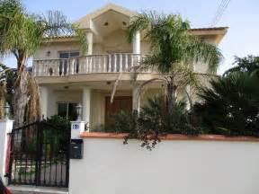 4 bedroom house for rent moni louis estates