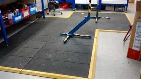 werkstatt bodenbelag workshop flooring help singletrack magazine