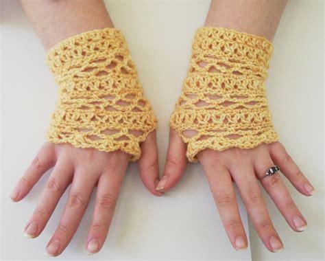 crochet gloves 17 fingerless gloves crochet patterns guide patterns