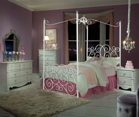 canopy bedroom sets for girls bedroom classic girls bedroom idea using white wrought