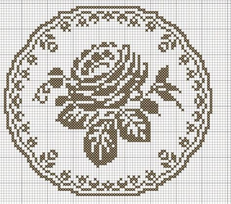 rose pattern joggers 267 best images about filet crochet on pinterest mesas