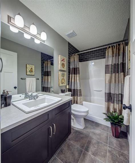 updated bathroom ideas 20 best ideas about shower surround on tub