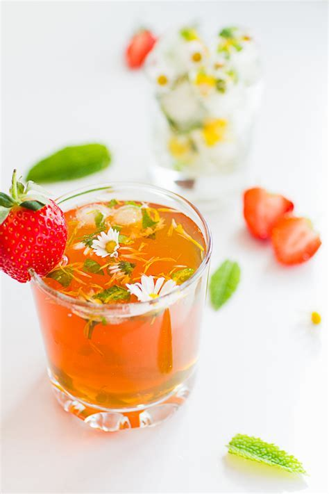 DIY STRAWBERRY INFUSED ICE TEA   Bespoke Bride: Wedding Blog