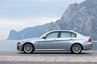 Bmw Introduces Facelift Of New 3 Series