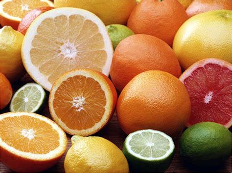 alimentazione acido urico acido urico ecco quale frutta mangiare per ridurne i