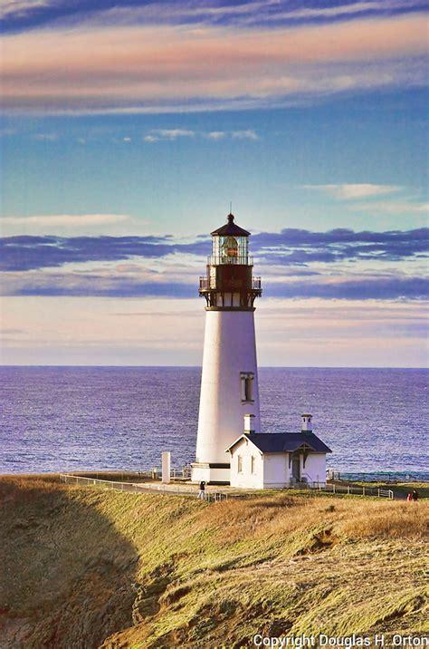 yaguina head lighthouse central oregon coast lighthouse