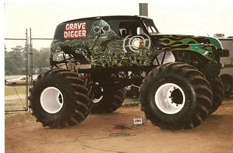 grave digger the legend monster truck grave digger the legend monster truck awesome links html