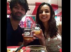 Sanaya Irani Celebrates Birthday With Hubby Mohit ... Kinshuk Mahajan And Sanaya Irani