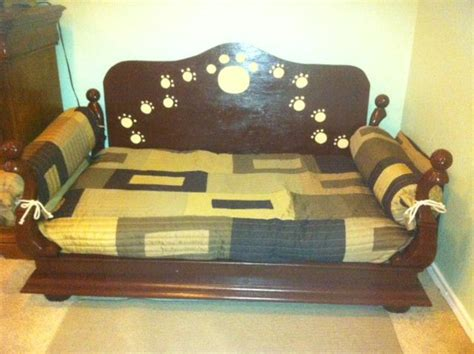 coffee table dog bed dog bed made from recycled coffee table craft ideas
