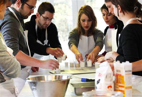 cours de cuisine c駘ibataire atelier cuisine th 233 rapie